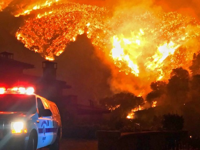 As Southern California burns, state tells electric companies to shape up