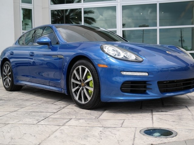 2015 Porsche Panamera Hybrid S