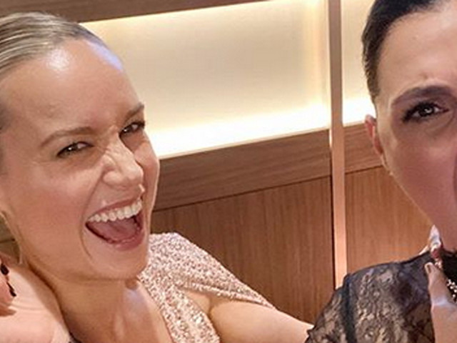 Gal Gadot & Brie Larson Have an Epic DC Comics-Marvel Crossover Selfie Moment!