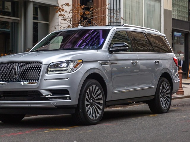 A Lincoln exec explains why the automaker wasn't surprised by the success of its new Navigator SUV — and promises a fully electric Lincoln is in the works (F)