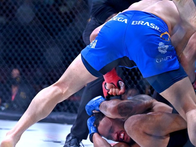 Bellator results: Burnell gets controversial decision over Sanchez, Yamauchi shines