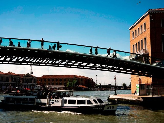 Venice fines architect $86K for tourist-unfriendly bridge