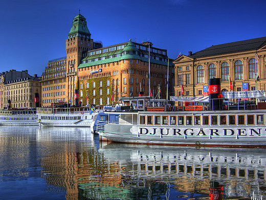 Scandinavian Airlines: Chicago – Stockholm, Sweden. $454 (Regular Economy) / $399 (Basic Economy). Roundtrip, including all Taxes