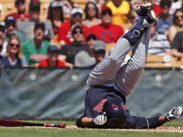 Cleveland's Jose Ramirez bruises knee, might miss season opener