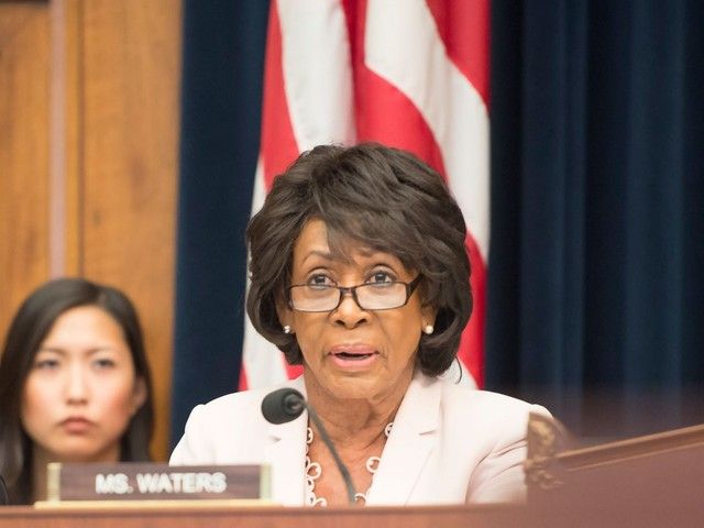 6 of the most powerful Democrats in Congress just fired a warning shot demanding that Attorney General William Barr make Mueller's report public