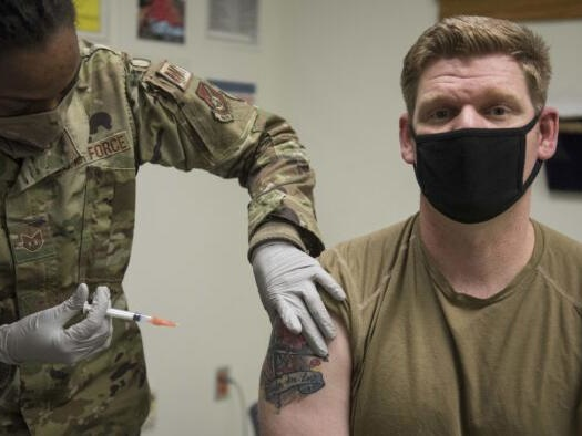 """Military Members Say They'll """"Quit"""" If Army Mandates COVID-19 Vaccine: Congressman"""