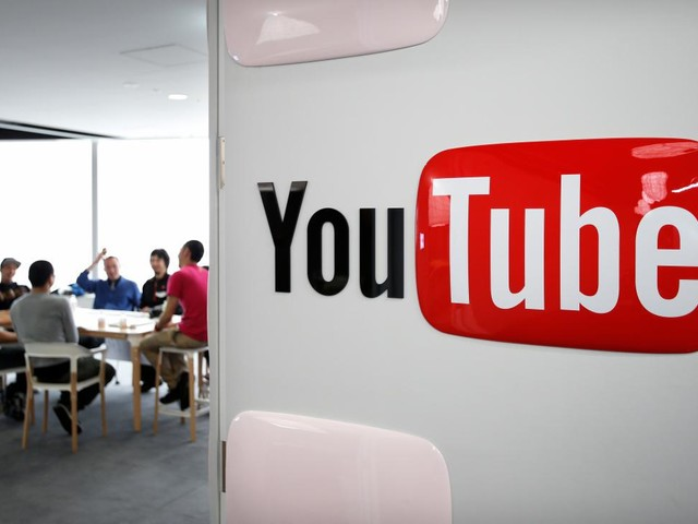 YouTube and Facebook are learning it's not so easy to make shows people want to watch