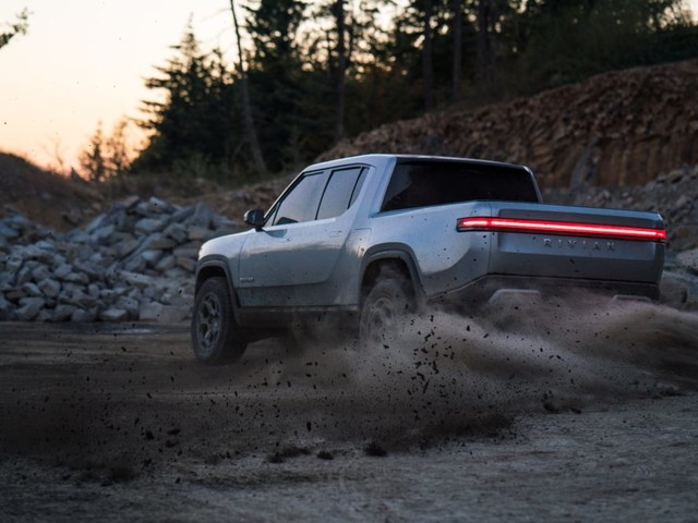 Rivian May Incorporate Modular Truck Beds