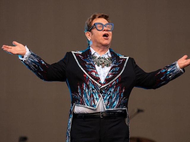 """Elton John dubs the new Lion King a """"huge disappointment"""""""