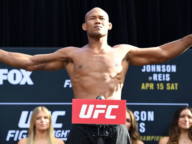 Jacare Souza says he is waiting for Derek Brunson to accept UFC Fight Night 125 bout