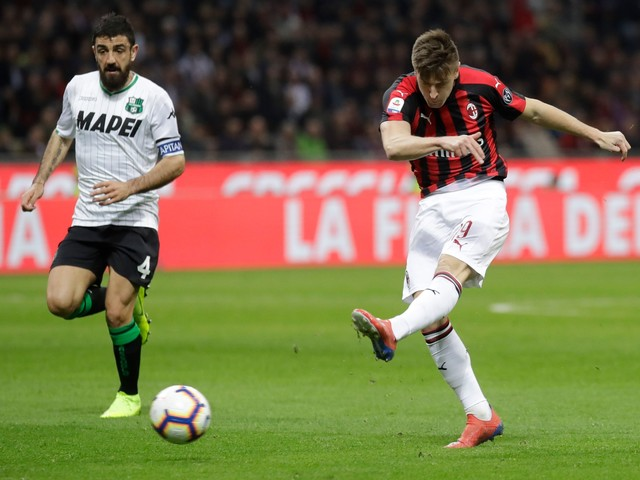 AC Milan's rise mirrors Inter's decline in Serie A