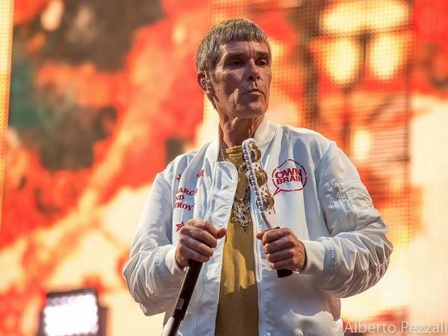 Ian Brown, Catfish & The Bottlemen to headline Neighbourhood Weekender 2020
