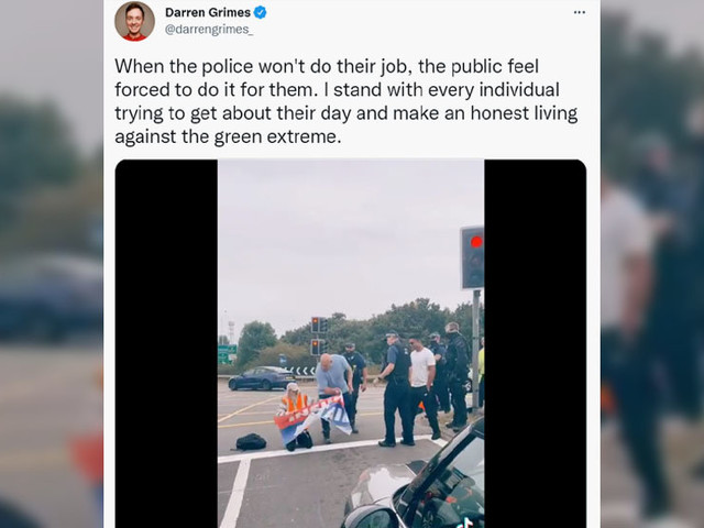 UK police accused by journalists of helping climate-change activists block M25 motorway (VIDEO)
