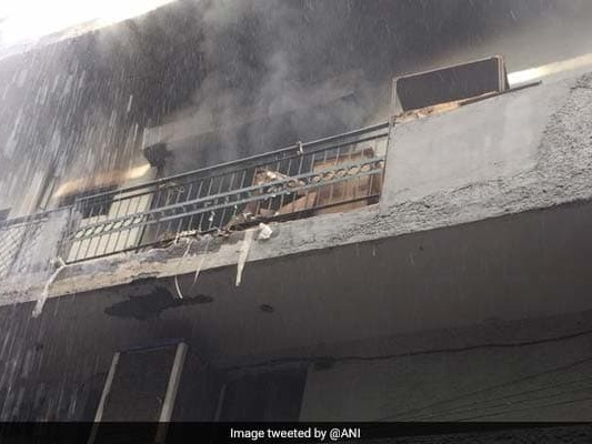 Fire Breaks Out In Paper Factory In East Delhi's Dilshad Garden