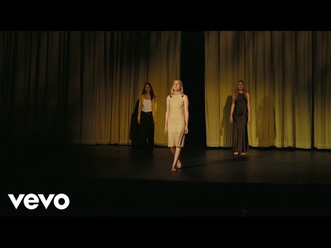 "HAIM Expresses Gratitude On The Deeply-Felt ""Hallelujah"""