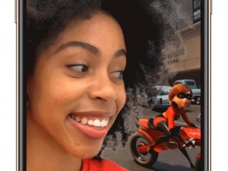 Apple Updates Clips Video-Creation App with Selfie Scenes