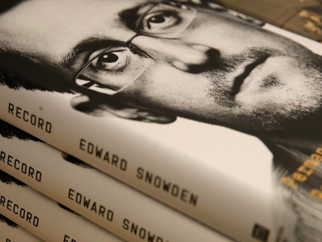 US sues Edward Snowden, seeking all proceeds from the sale of his new book