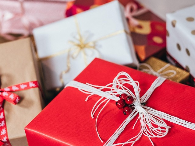GiftNow eliminates stress and returns from holiday shopping
