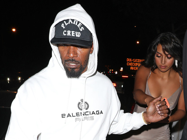 Jamie Foxx Holds Hands with Model Sela Vave at Nightclub
