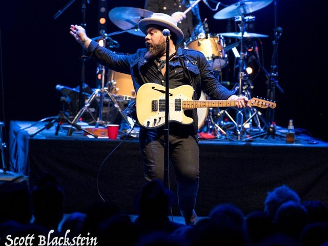 Nathaniel Rateliff & The Night Sweats Perform At The Capitol Theatre – Photos & Setlist
