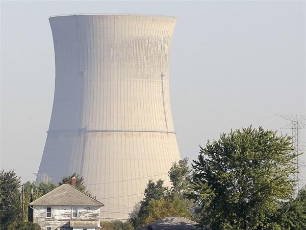 Nuclear bailout bill undercuts green power, critics say