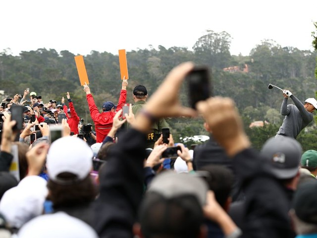LIVEBLOG! It's moving day at Pebble Beach for the U.S. Open
