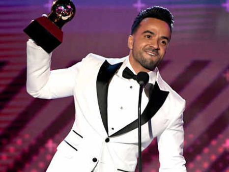 2017 Latin Grammy Awards: Complete List of Winners