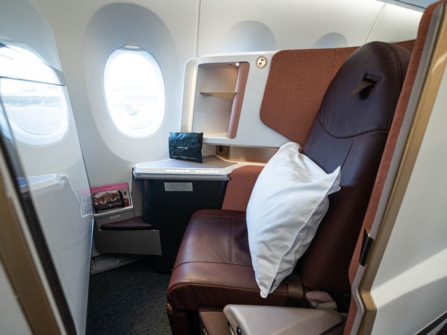 Virgin Atlantic, one of the world's most stylish airlines, just rolled out its incredible new seats on its newest plane — take a tour of the brand-new jet