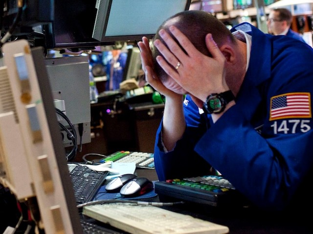 Dow tumbles 915 points as coronavirus spread offsets stimulus bill passage