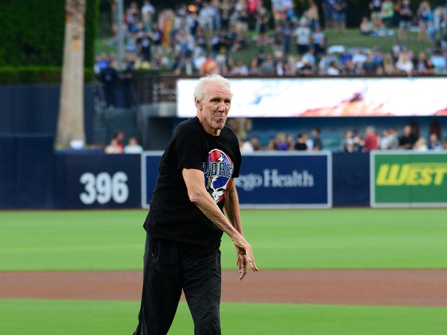 Bill Walton joined White Sox booth to call a game against the Angels and it was amazing