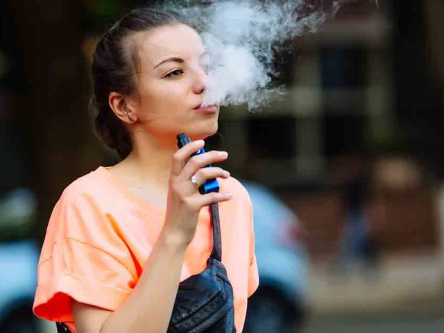 Vaping Addicts Have No Treatment Options