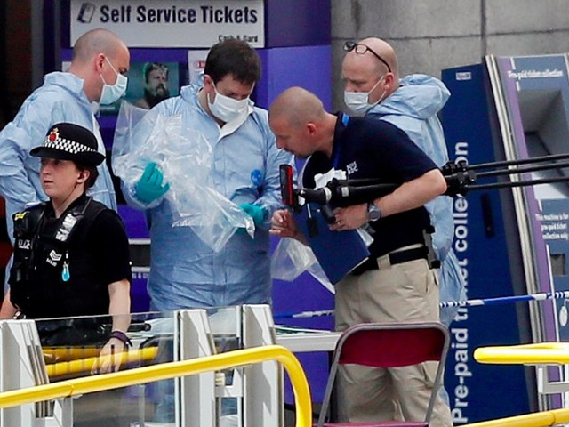 Suspect in Ariana Grande concert attack identified as 22-year-old Salman Abedi