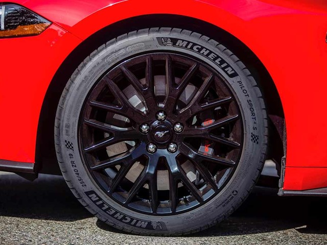 Ford Details Michelin Pilot Sport 4 S Tires for 2018 Mustang GT