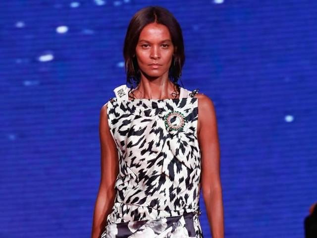 Calvin Klein puts 'Jaws' bite into NY Fashion Week