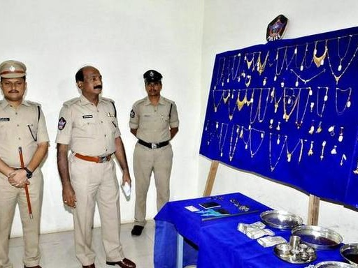 One held, booty worth ₹58 lakh recovered
