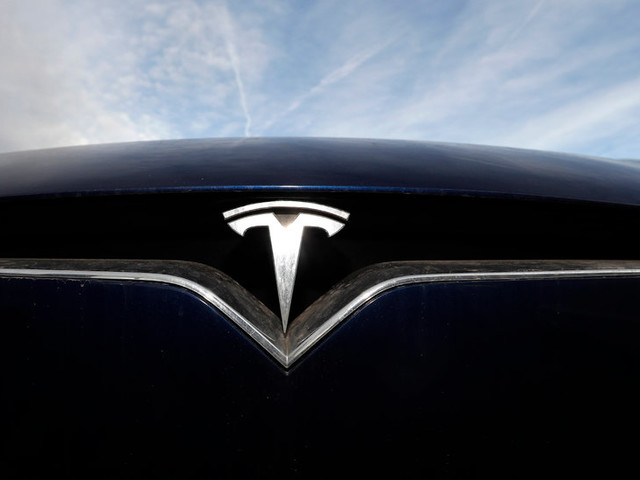 Tesla to Unveil Plans for an Electric Pickup Truck