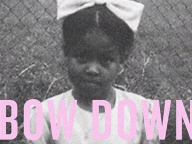 Beyoncé Tells Fans To 'Bow Down' For Michelle Obama's Birthday
