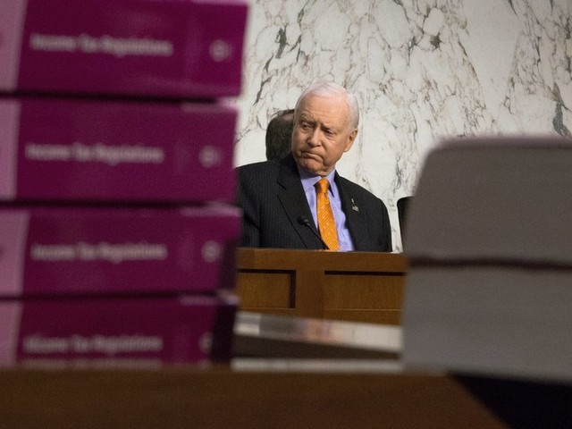 Senate Plans to End Obamacare Mandate in Revised Tax Proposal