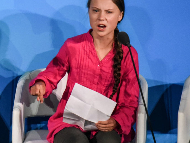 San Fran artist paints mural of Greta Thunberg using spray said to be 'notorious' for causing global warming