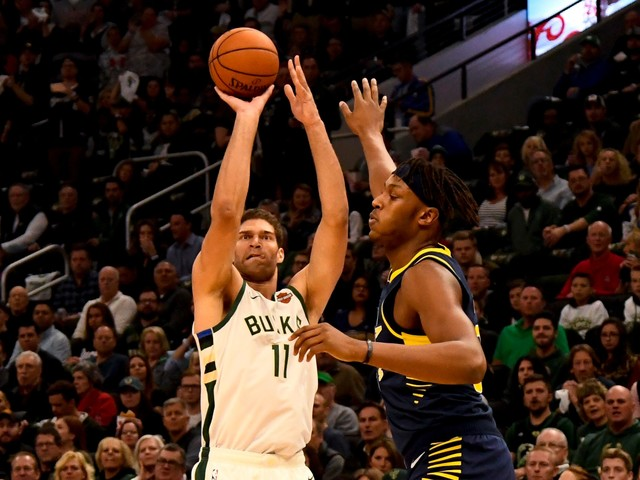 Bucks center Brook Lopez making history — one 3-pointer at a time