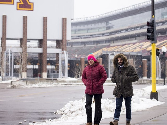 Texas defensive tackle Albert Regis decommits from the Gophers