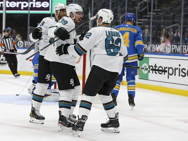 Logan Couture scores two goals, Sharks hold off Blues 5-4
