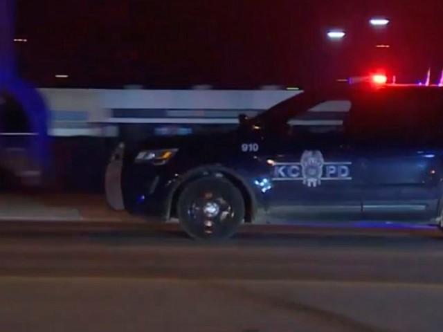Police: 2 dead, 15 hurt in Kansas City, Missouri, shooting