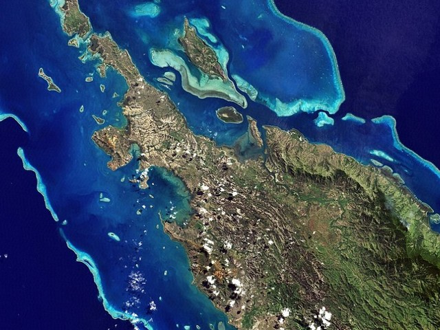 Powerful magnitude 7.5 earthquake hits New Caledonia, evacuations ordered
