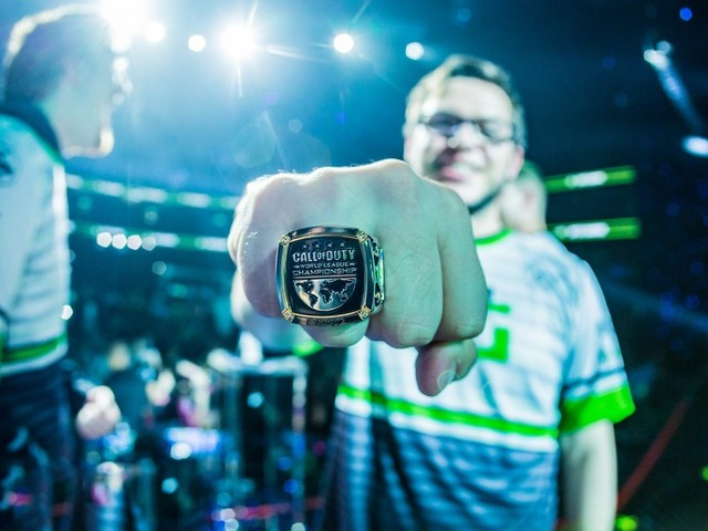 Three Time Call of Duty World Champion Announces Retirement