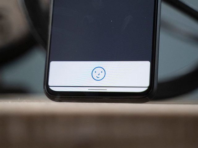 Google Pay v2.1 adds support for Pixel 4's face unlock when sending money