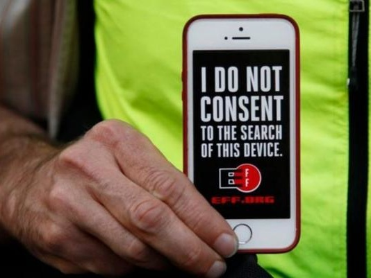 Federal Court Rules Suspicionless Searches of Travelers' Phones and Laptops Unconstitutional