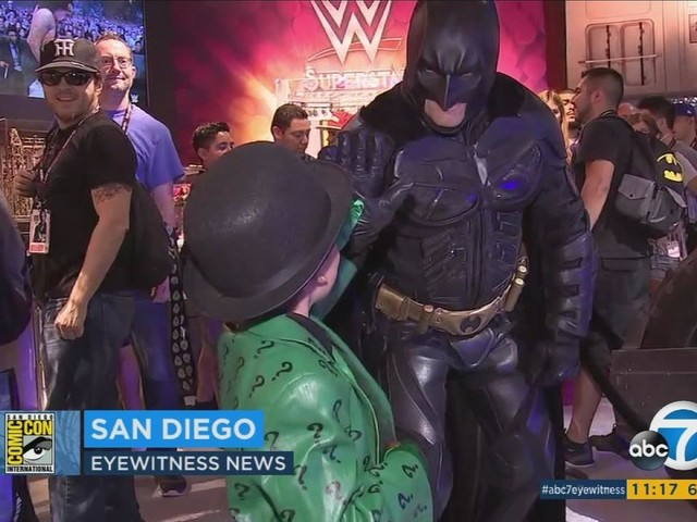 Comic-Con kicks off in San Diego; more than 100K fans attend