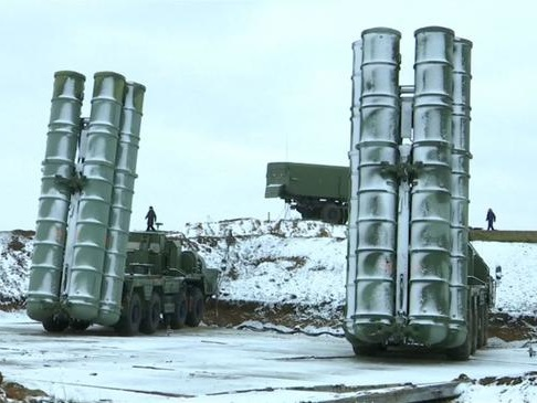 Battle For The Arctic: Russia Deploys S-400 Missile Defense Systems To Control New Frontier