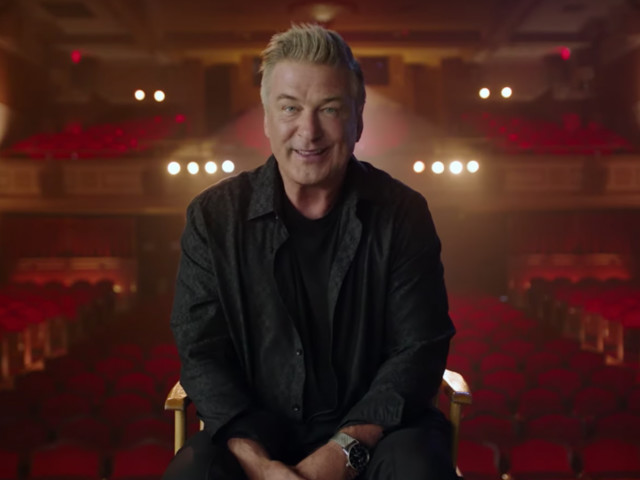 'Comedy Central Roast Of Alec Baldwin' Adds Robert De Niro, Blake Griffin, Caitlyn Jenner and More To Roaster Roster